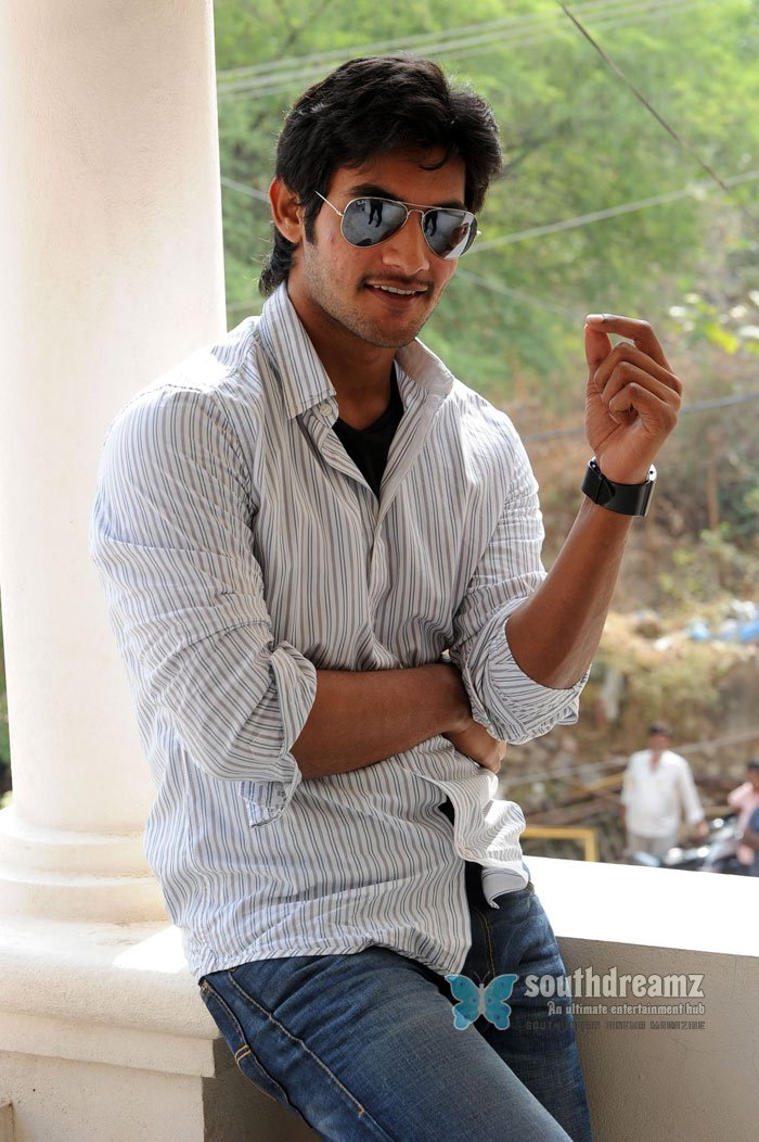 Tamil actor aadi stills 1