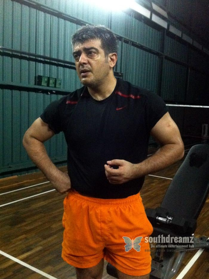 Tamil actor ajith exclusive stills 1