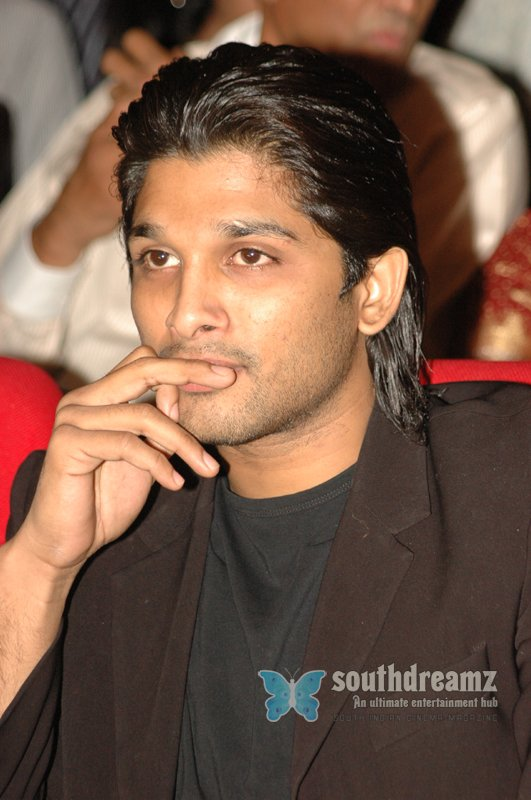 Telugu actor allu arjun stills 20