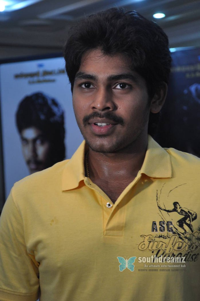Parthom pazhaginom press meet stills 12