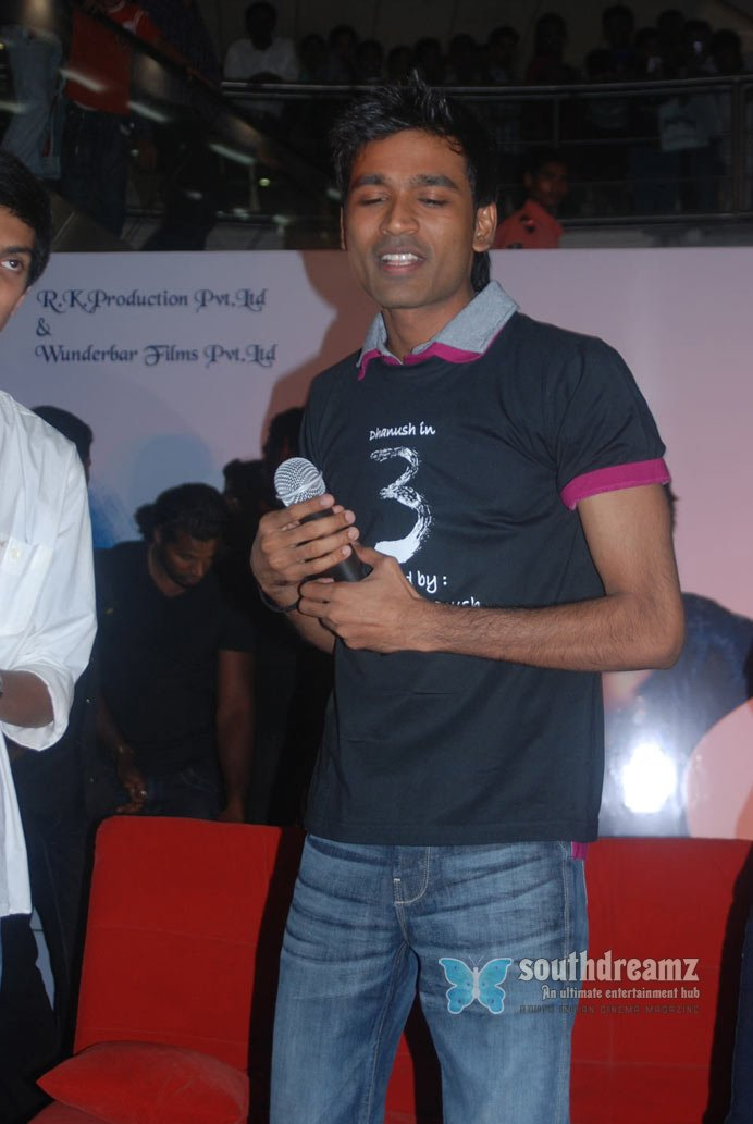 Dhanush and shruti at 3 movie single track music launch event photos 72