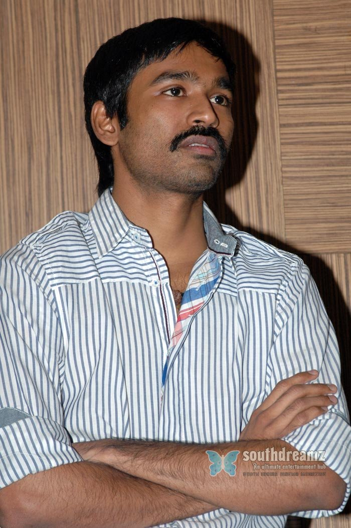 Tamil actor dhanush exclusive photos 11