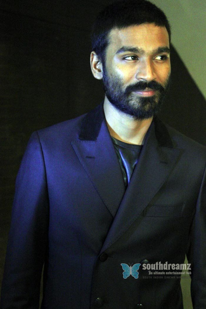 Tamil actor dhanush exclusive photos 17