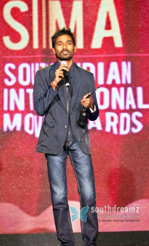 Tamil actor dhanush exclusive photos 1
