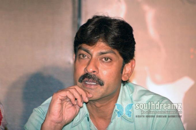 Telugu actor jagapathi babu stills 4