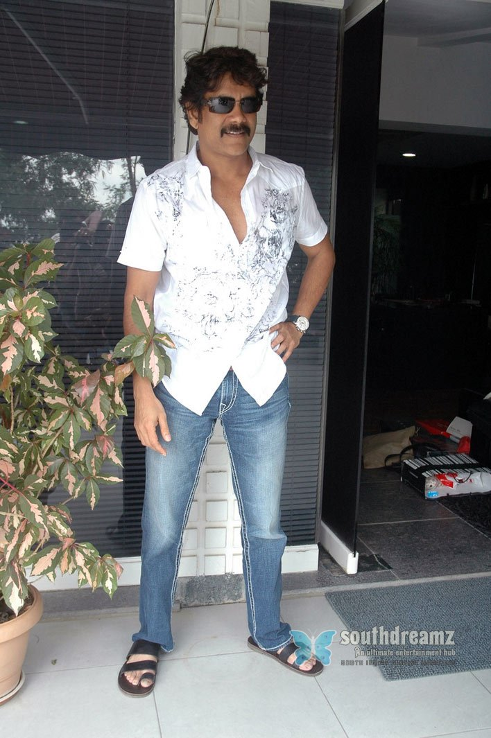 Telugu actor nagarjuna stills 103