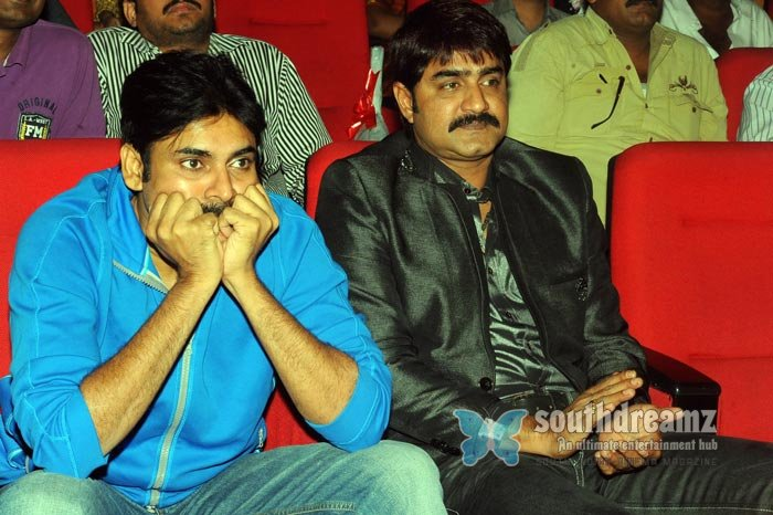 Telugu actor pavan kalyan exclusive photos 15