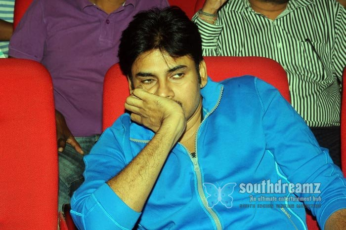 Telugu actor pavan kalyan exclusive photos 32