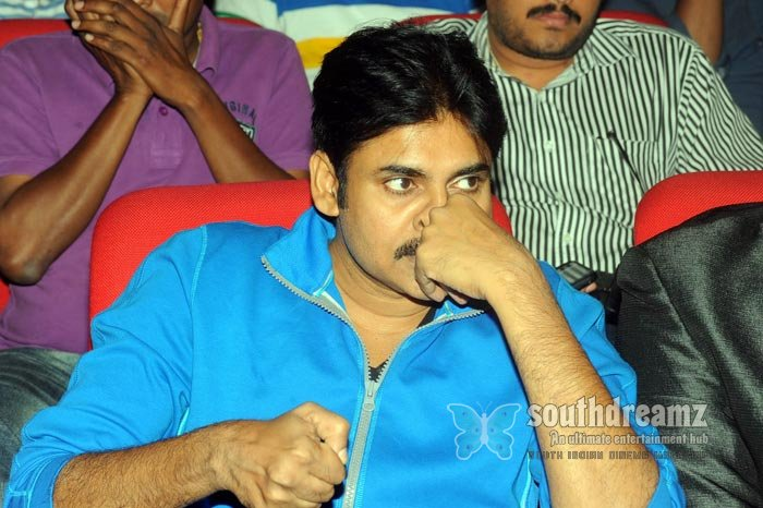 Telugu actor pavan kalyan exclusive photos 6
