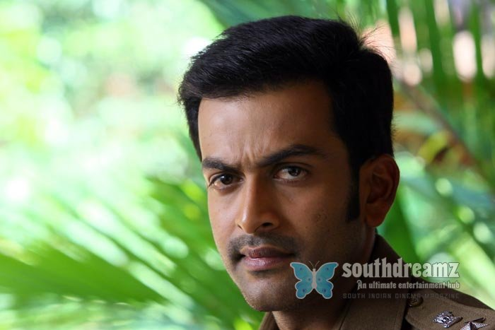 Malayalam actor prithviraj exclusive stills 9
