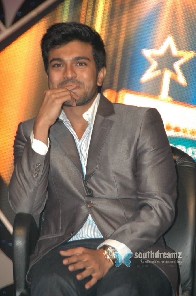 Actor ramcharan stills 37