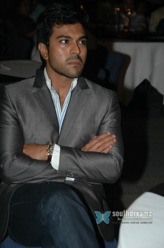 Actor ramcharan stills 5