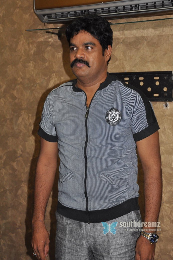 Tamil actor rk press meet stills 24