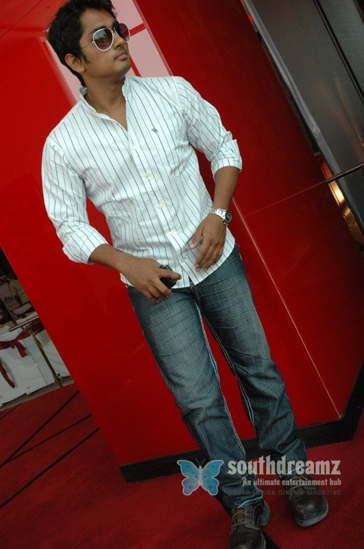 Actor siddharth stills 16