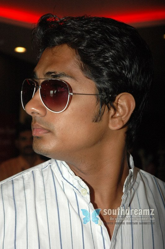 Actor siddharth stills 31