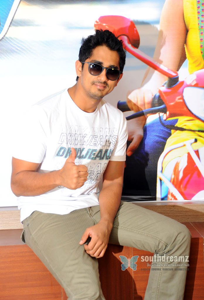 Telugu actor siddharth stills 32