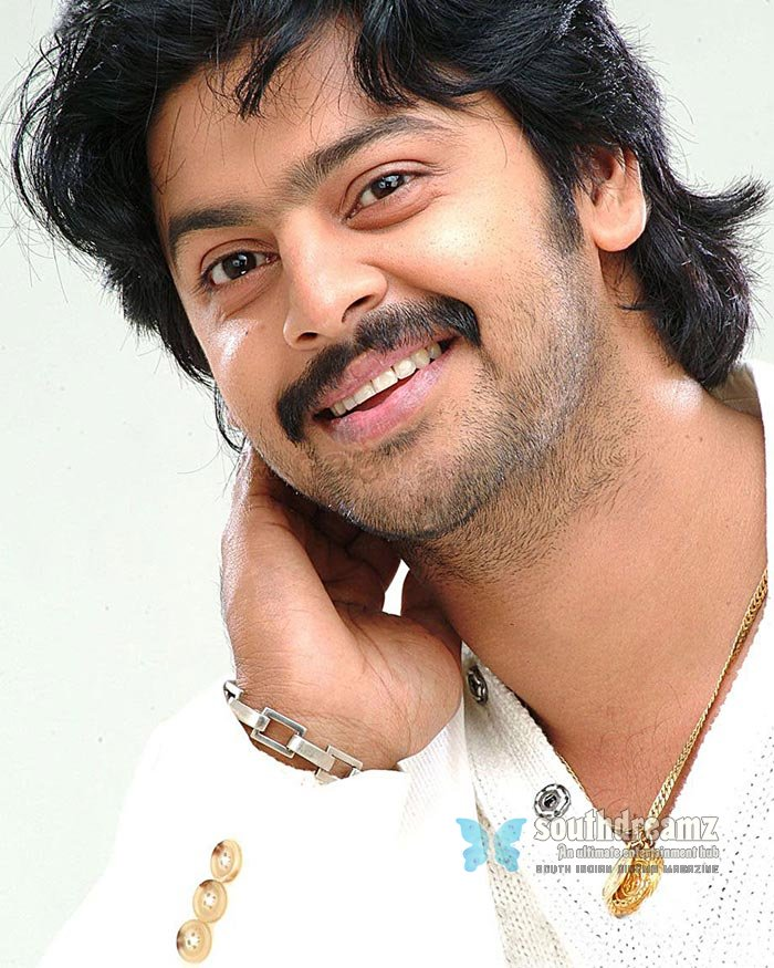 Tamil actor srikanth exclusive photos 30