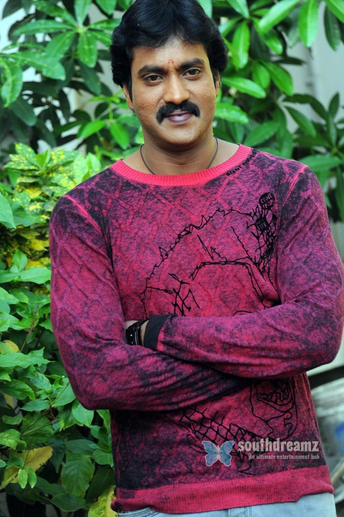 Telugu actor sunil exclusive photos 10