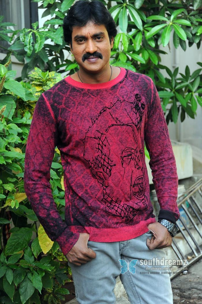 Telugu actor sunil exclusive photos 5