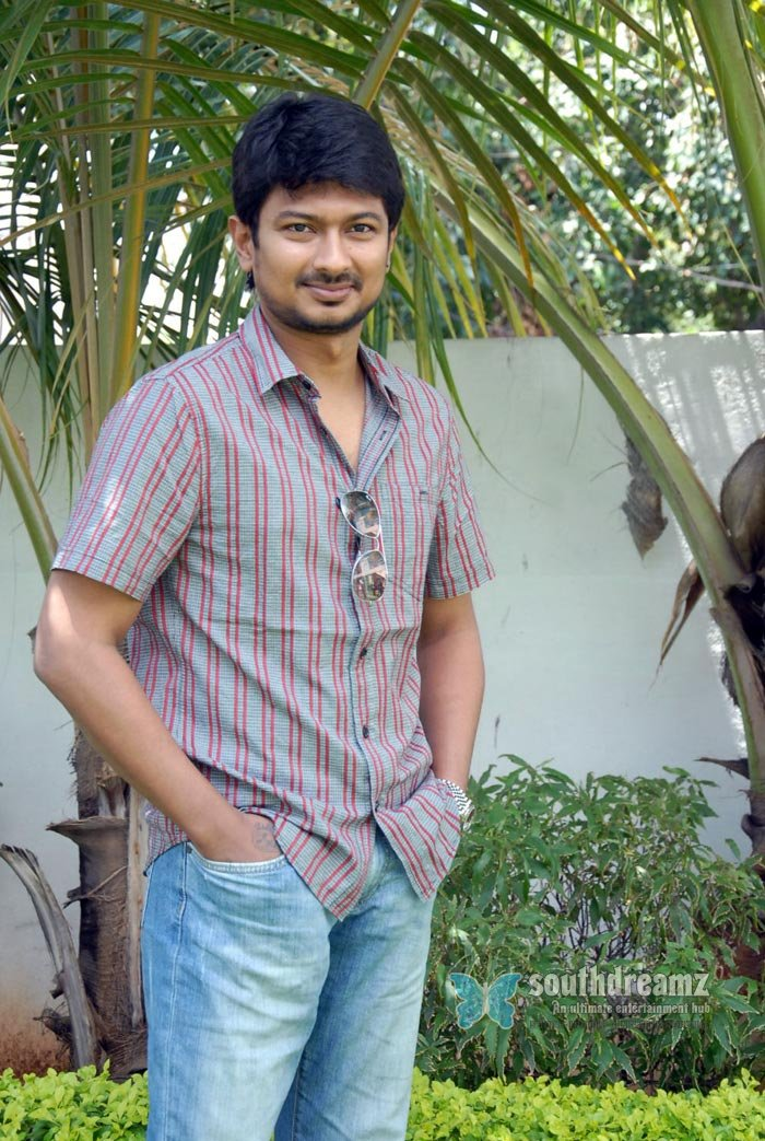 Tamil actor udhayanidhi stalin exclusive photos 20