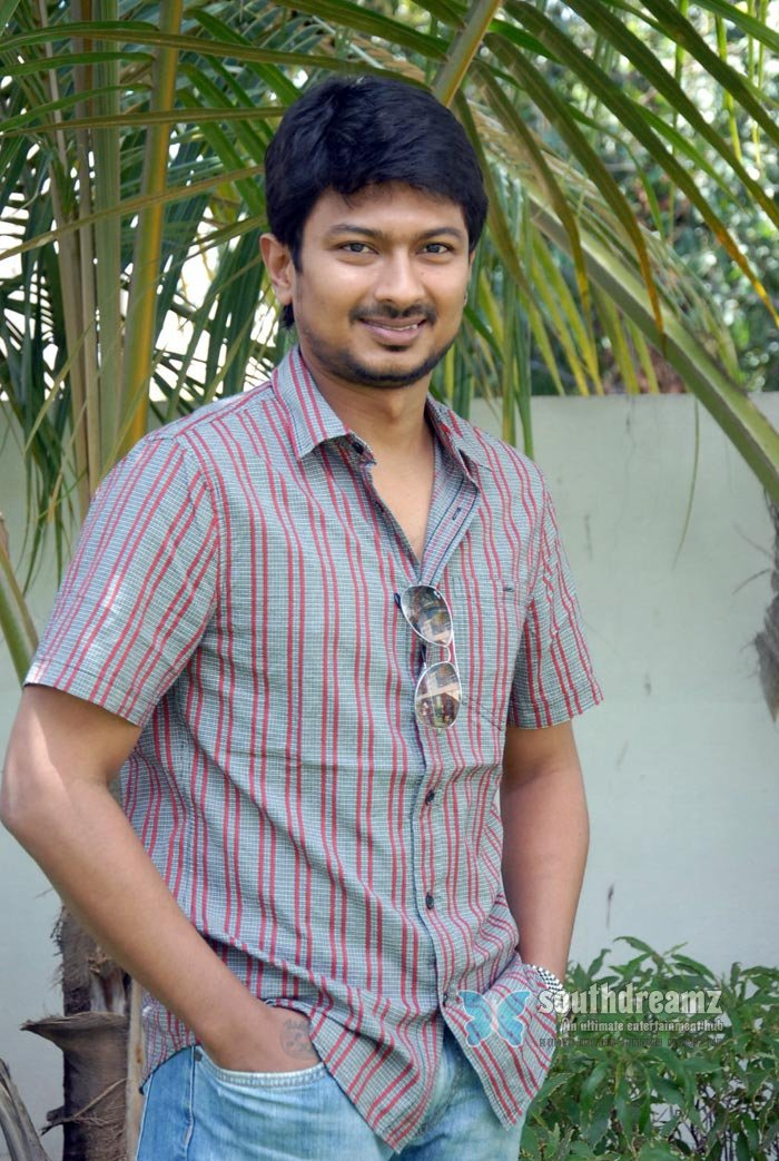 Tamil actor udhayanidhi stalin exclusive photos 21