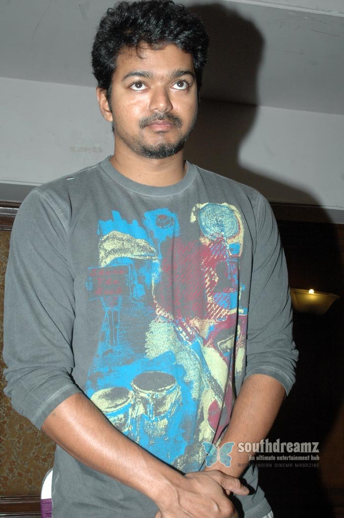 Tamil actor vijay exclusive photos 14