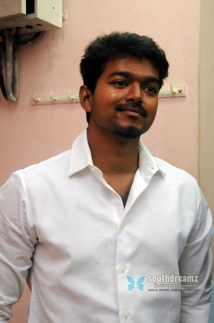 Tamil actor vijay exclusive photos 41
