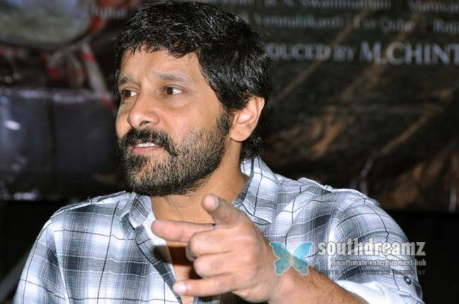 Tamil actor vikram latest photos 9