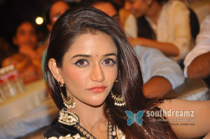 Anaika Soti New Stills 13