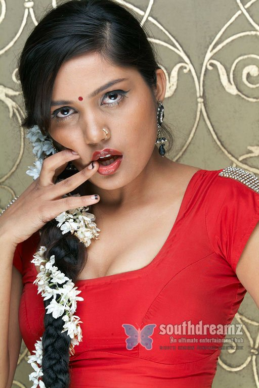Indian actress anamika glamour pictures 63