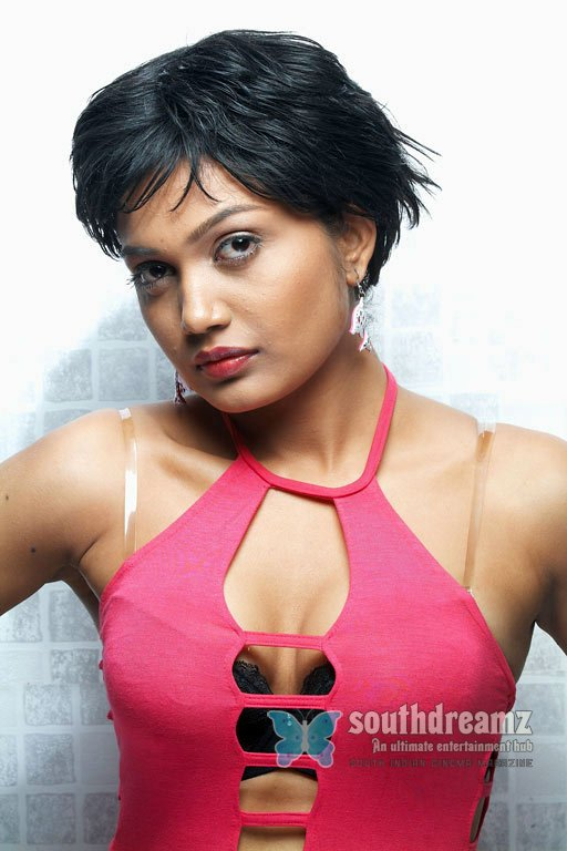 Hot south actress anamika glamour pictures 48