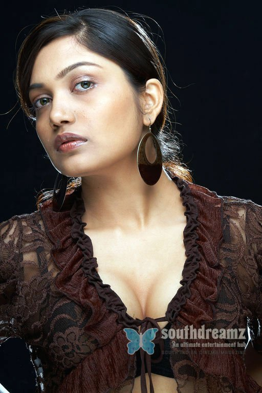 South actress anamika hot photos 44