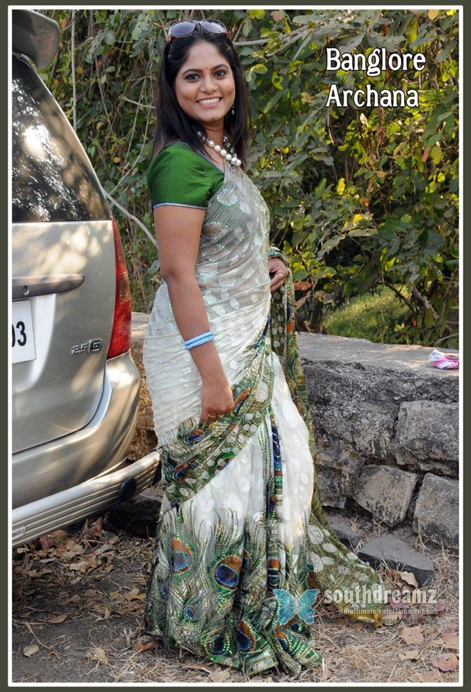 Indian glamour actress archana unseen massala stills 16