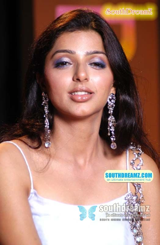 Nude Fake Pictures Of Bhumika Chawla Bollywood Pics Filmvz Portal