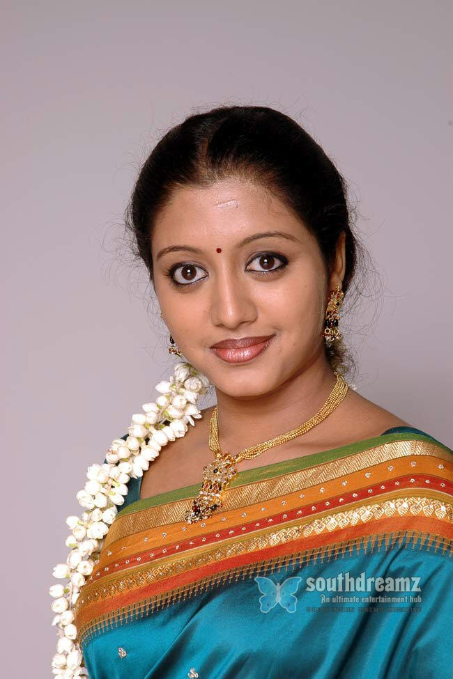 Hot tamil telugu actress gopika spicy pictures 11
