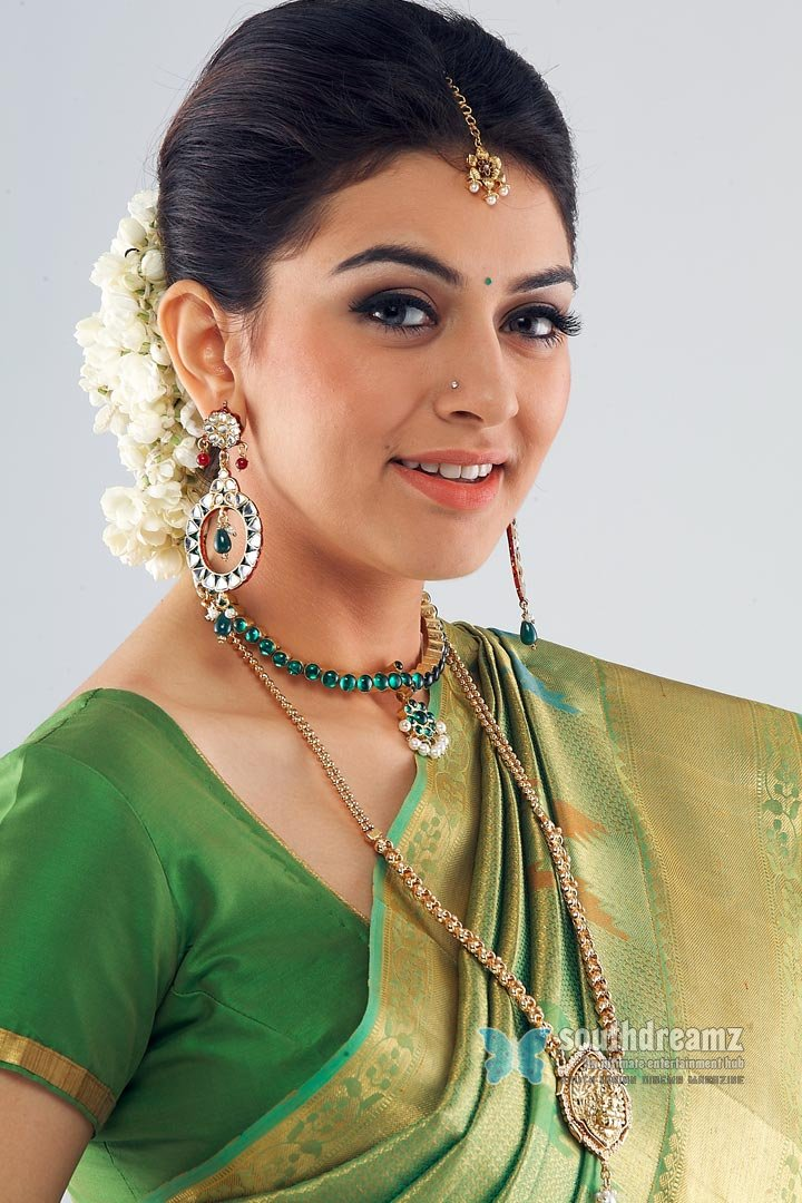 Model actress hansika glamour photos 9