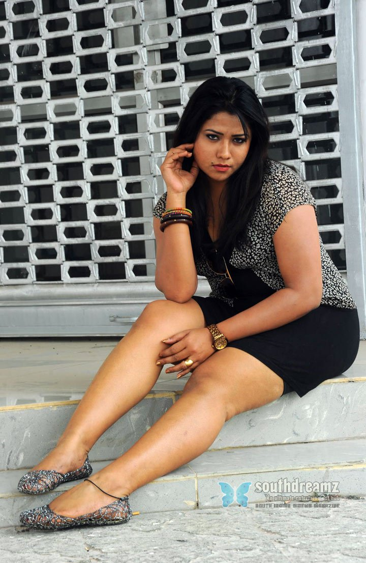 Malayalam masala actress jyothi spicy photos 73