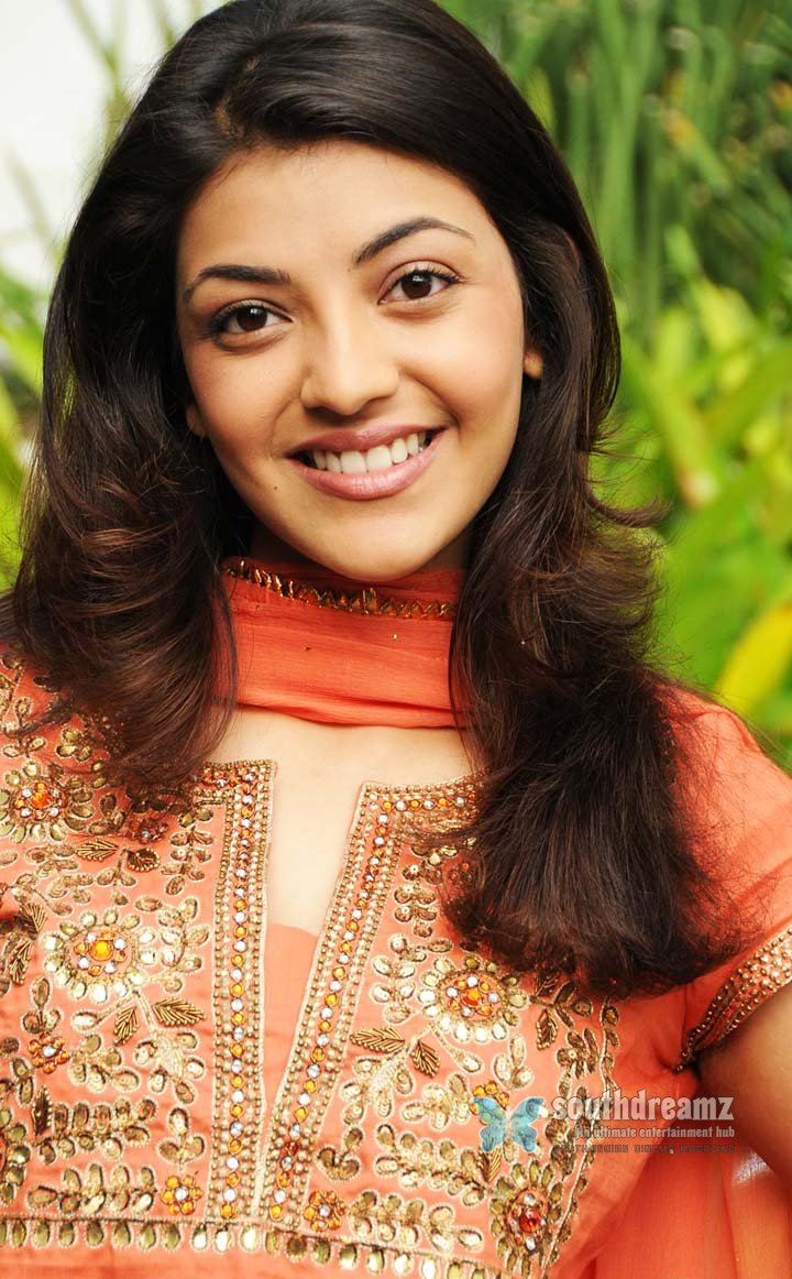 Cute actress kajal pictures 18