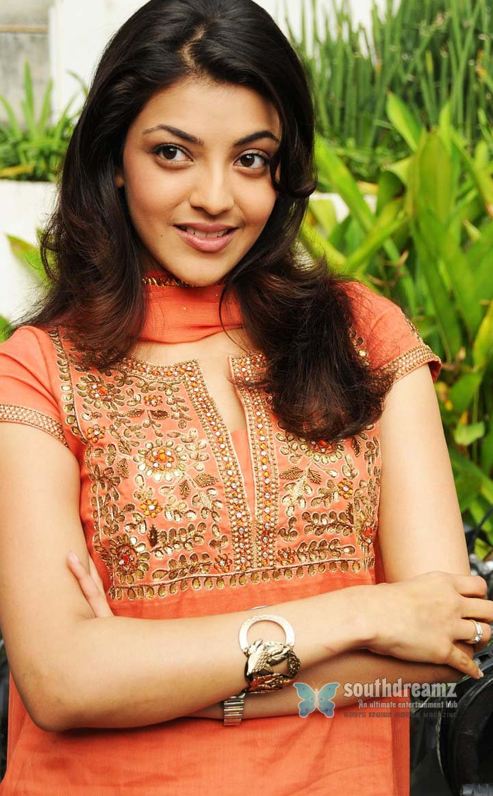 Cute actress kajal pictures 33