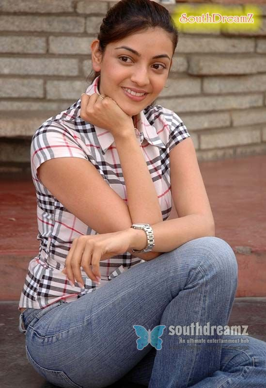 Young actress kajal stills 58
