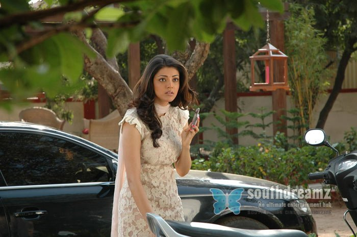 Tamil actress kajal agarwal hot stills 5
