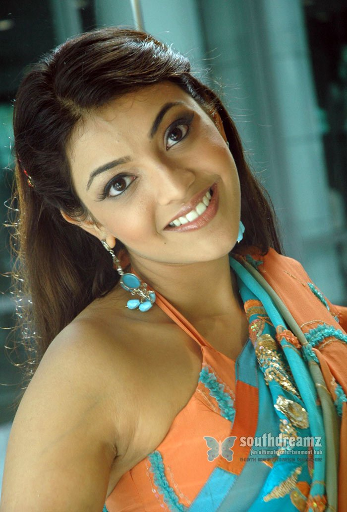 Hot tamil glamour actress kajal aggarwal pictures 13