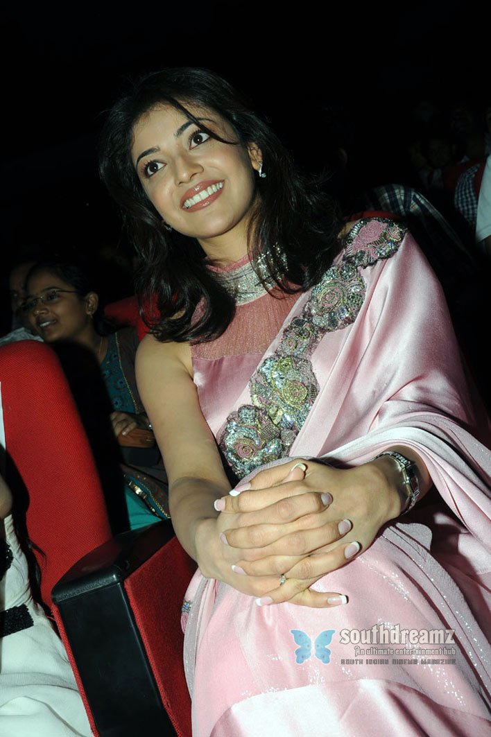 South indian cute actress kajal agarwal saree stills 10