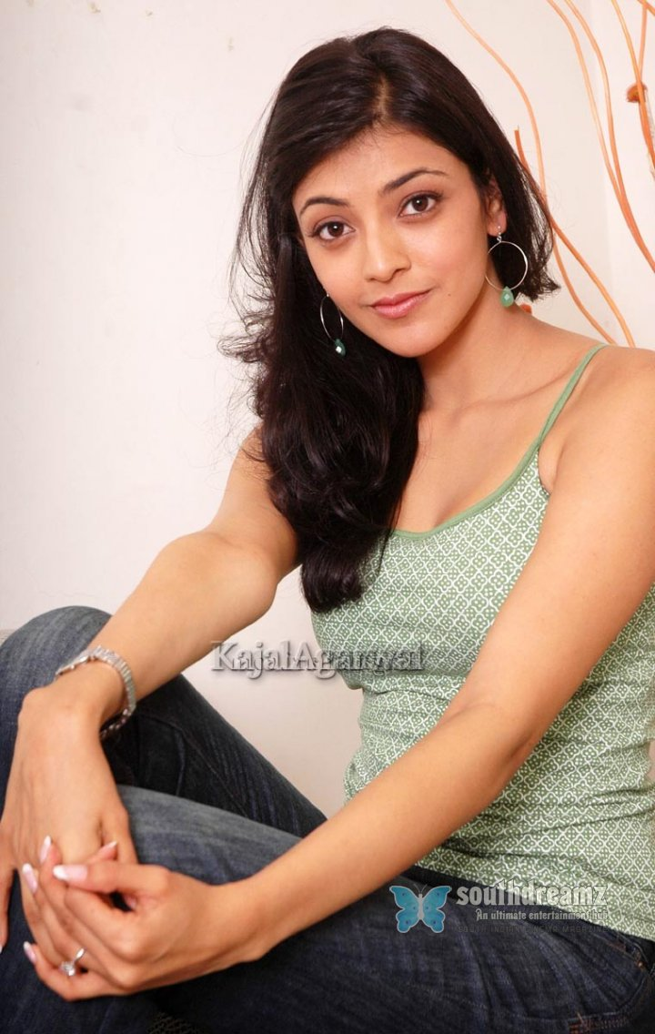 South indian actress kajal agarwal stills 202