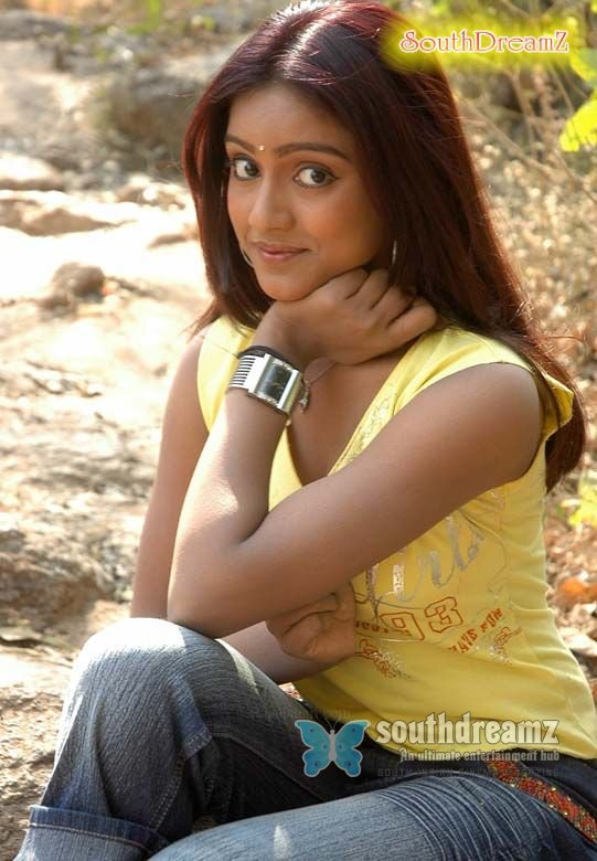 Keerthi yellow 02