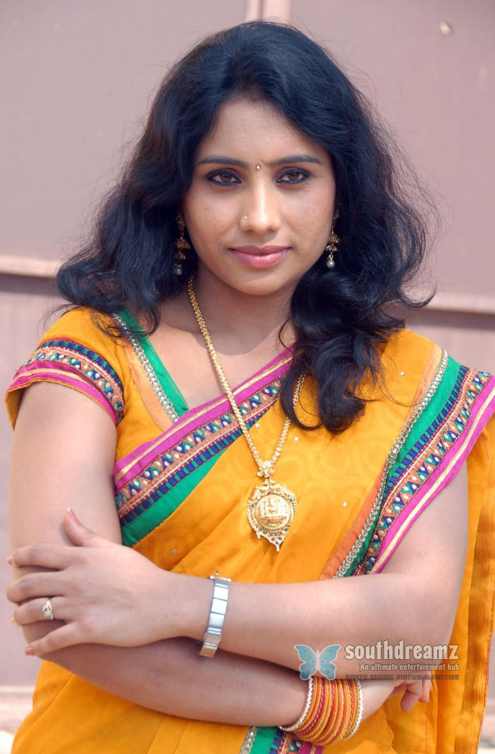 South indian glamour actress latha item style stills 31