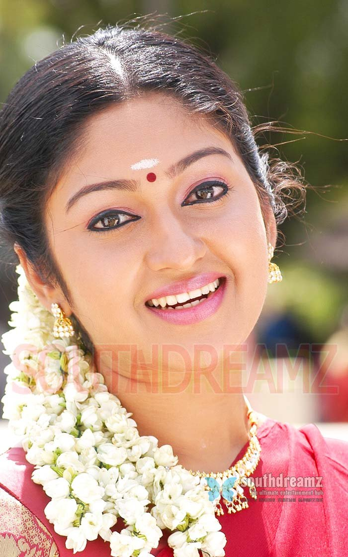 Cute actress mithra sexy pictures 12