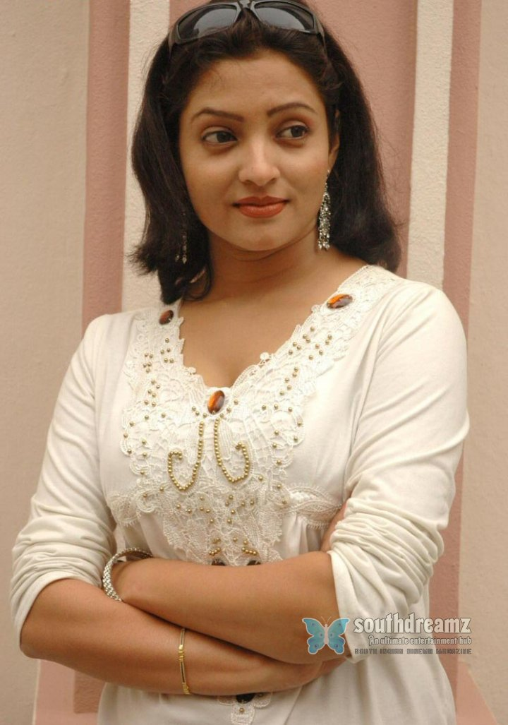 Actress nisha parlokar photos 23