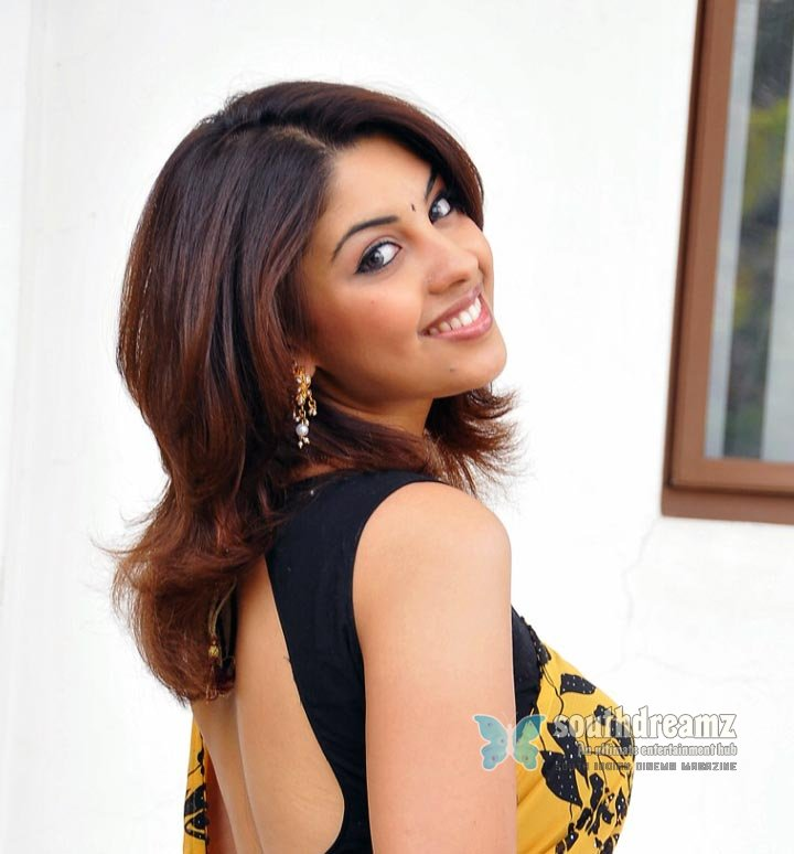 Indian glamour actress richa gangopadhyay masala pictures 36