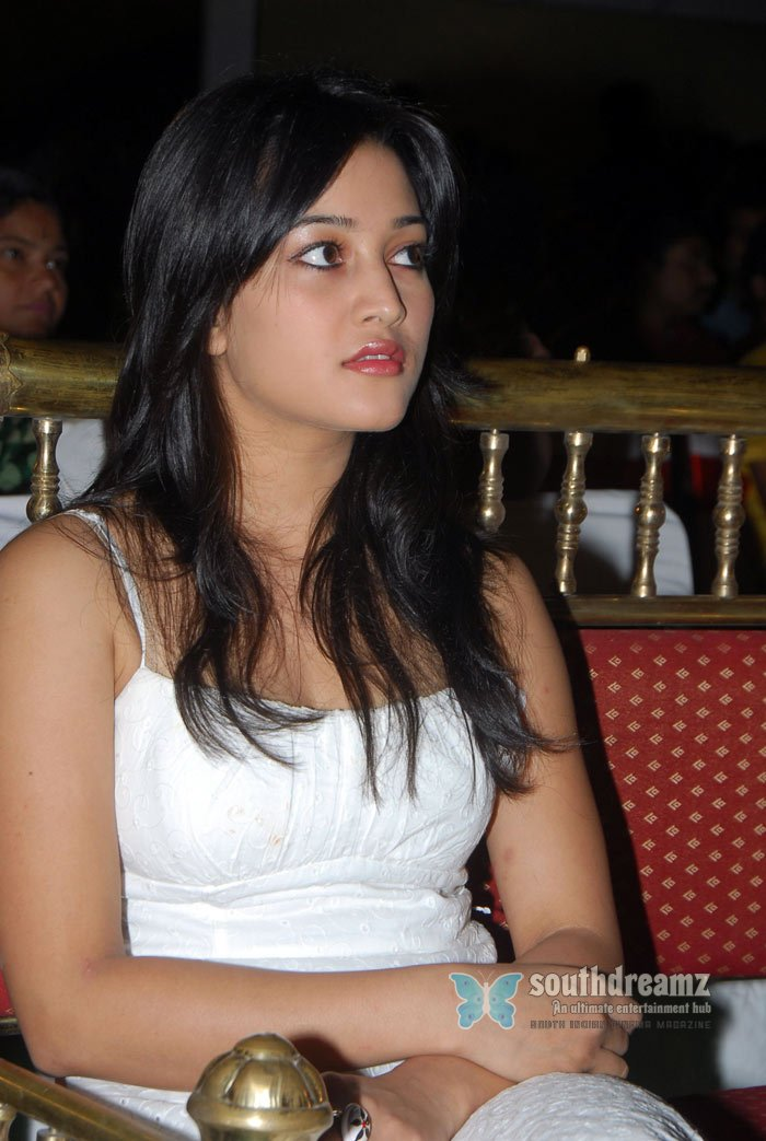 Telugu actress ritu barmecha spicy pictures 29